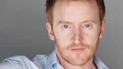 Tony Curran.jpg