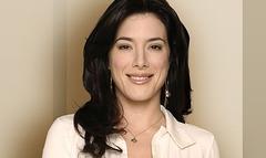 Jaime Murray (Stahma Tarr)