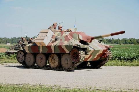 Un peu d'histoire: Le Jagdpanzer 38(t) Hetzer