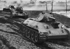 tanks_in_mud.jpg