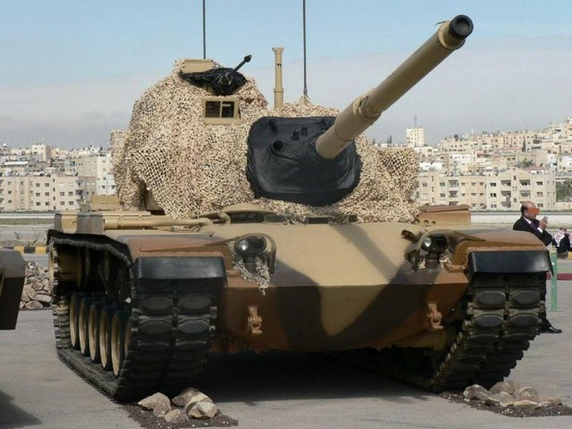 http://images.forum-auto.com/mesimages/52606/M60A3jordanie.jpg