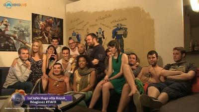 Photo de famille : l'équipe Gaming Live lors de The International 2014