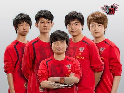 Equipe DK (roster précédent, pas de photo actuelle)