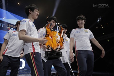 MVP Phoenix remporte la Dota 2 Pit League 4 (image joinDOTA)