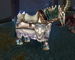 Cheval de guerre squelette blanc