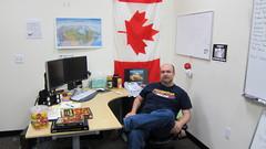 Le concepteur en chef de Champions Online Randy « Arkayne » Mosiondz dans son bureau.