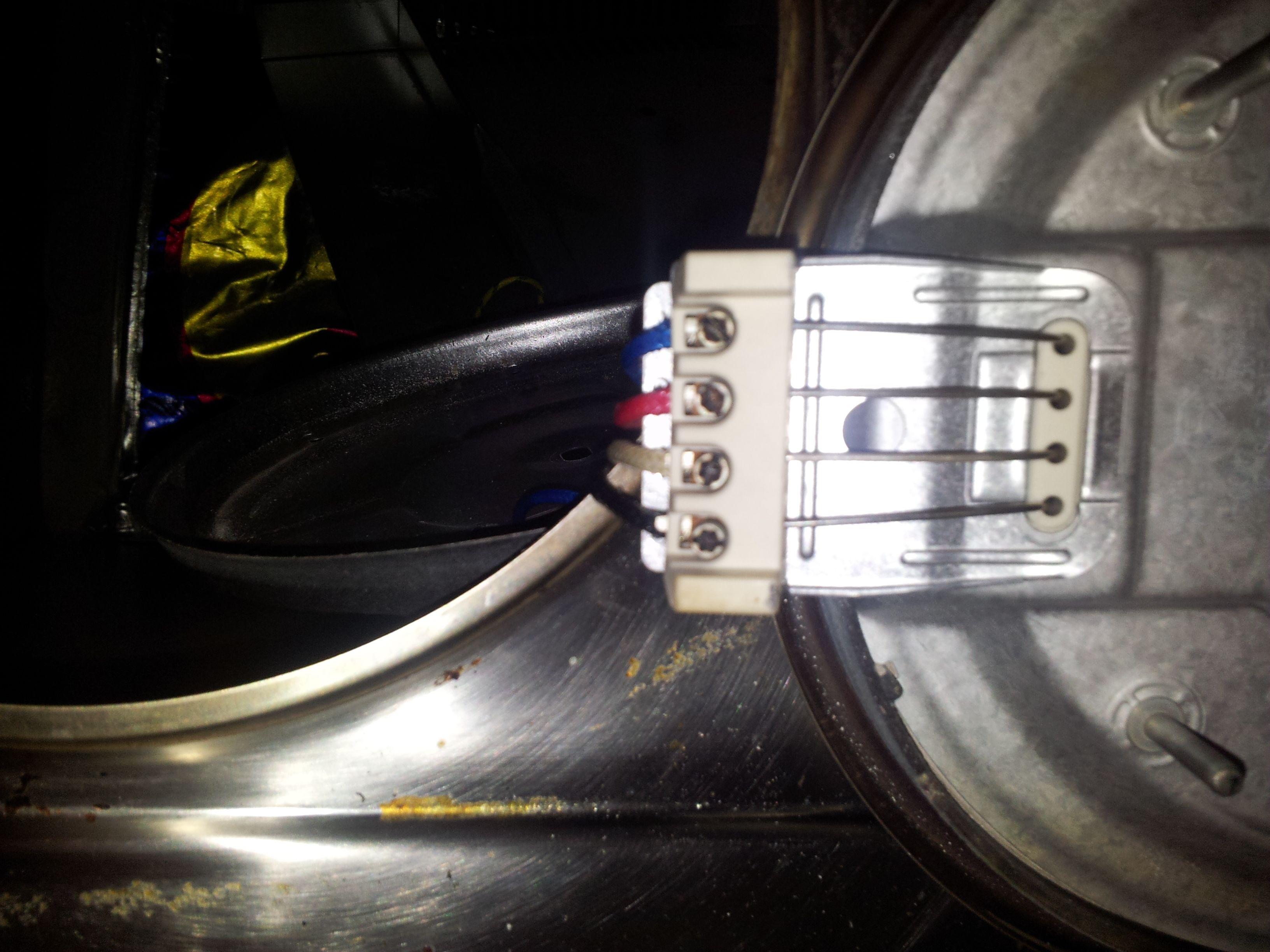 Demonter Plaque De Cuisson Electrique plaque electrique et disjoncteur qui saute :/