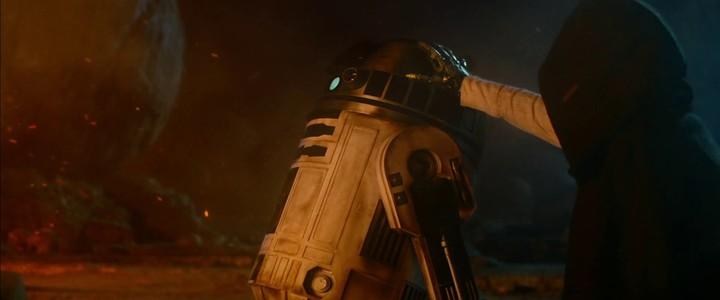 "Deuxième teaser de l'Episode VII ""Star Wars: The Force Awakens"""