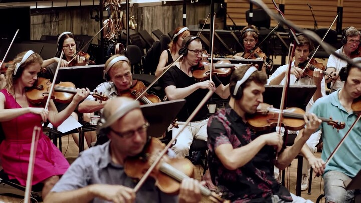 Mini-documentaire : la composition de la bande originale de New World