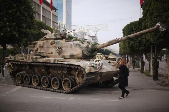 http://images.forum-auto.com/mesimages/52606/M60200111avbourguiba.jpg