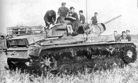 http://images.forum-auto.com/mesimages/52606/Panzer3.jpg