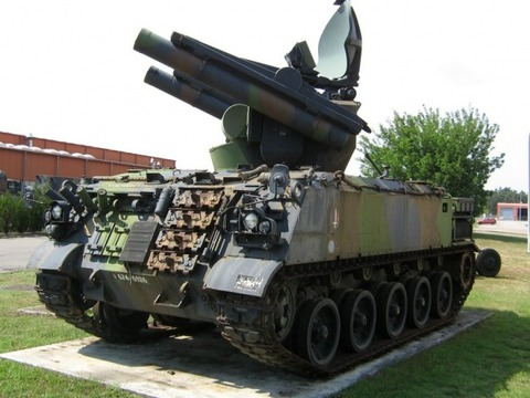 AMX-30 Roland 01