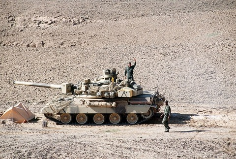 800px-French AMX-30 Desert Storm