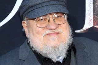 7797400744_george-r-r-martin-a-l-avant-premiere-mondiale-de-game-of-thrones.jpg
