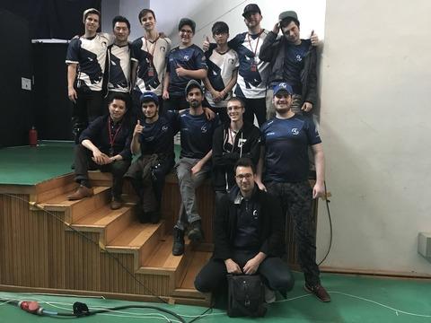 Les deux équipes à Séoul