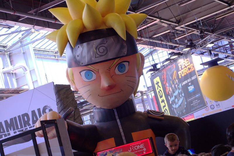Cette figurine de Naruto est peut-être un peu trop grande pour chez moi...